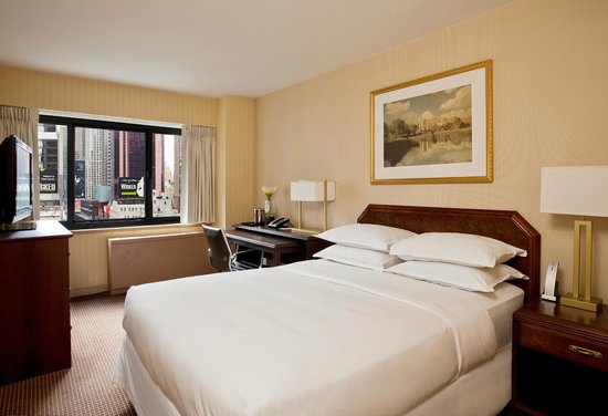 The Manhattan at Times Square Hotel: Standard Queen Room