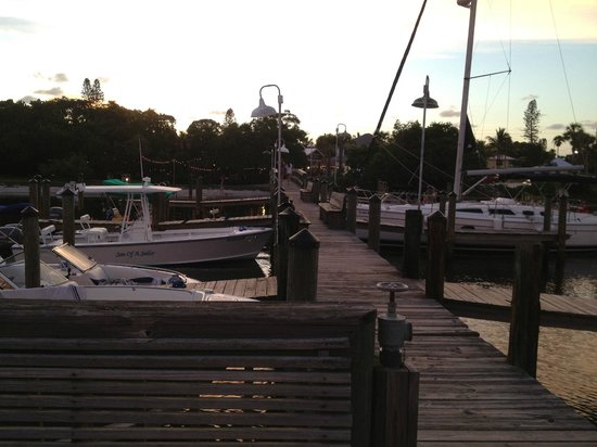 Mar Vista Dockside Restaurant and Pub: Mar Vista dock