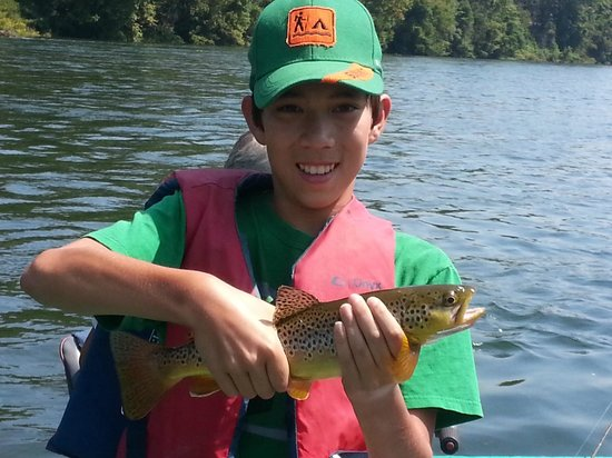 Cotter Trout Dock Guided Trout Fishing Tours: Fishin' on the White River