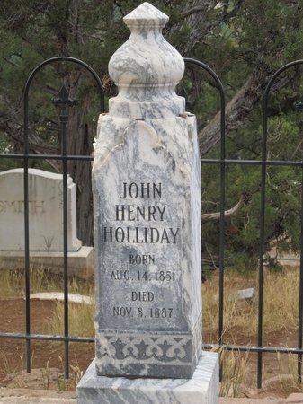Linwood Cemetery: docs grave???