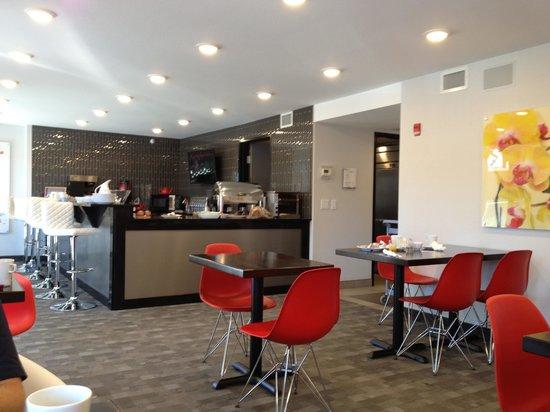 Hotel Elan: Breakfast restaurant