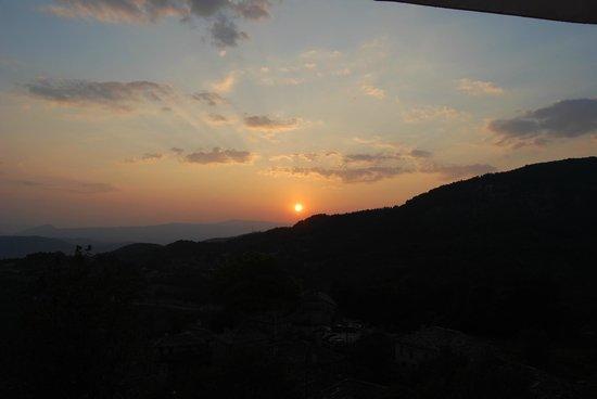 Mikro Papigo 1700 Hotel and Spa: Το ηλιοβασίλεμα μαγικό!!!!!