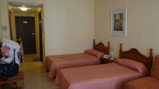 Apartamentos Turísticos Elegance Resitur: Двуспальный номер на 4 этаже