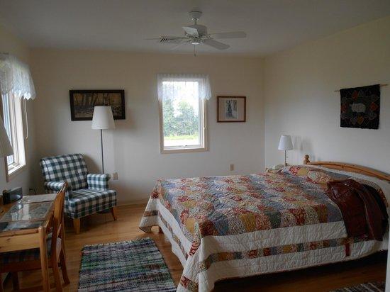 Arvgarden Bed & Breakfast: Our room