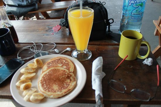The Terrace Hostel: Breakfast =)