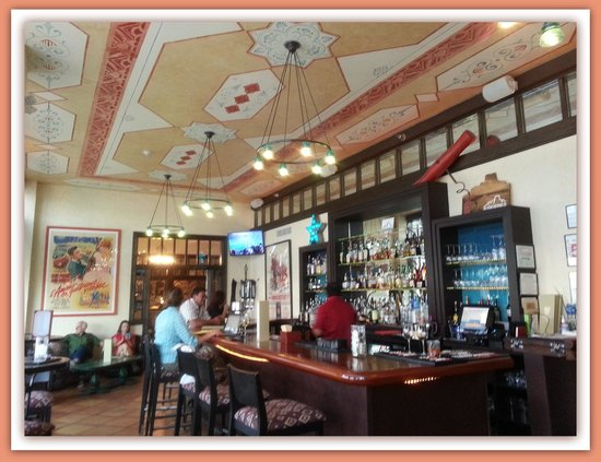 The Century Bar & Grill: The Bar