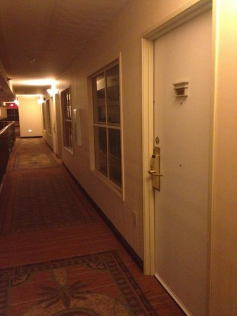 Embassy Suites by Hilton Brea - North Orange County: strange hallway facing windows
