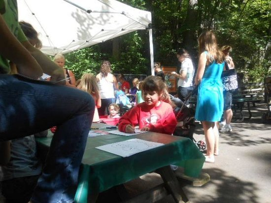 Crafts at John Ball Zoo
