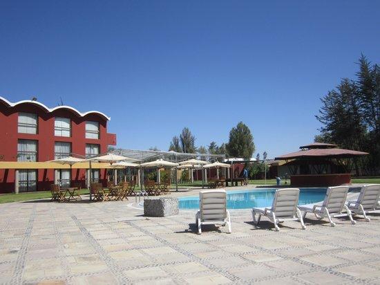 Hotel El Lago Estelar: pool area