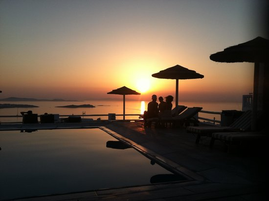 Alkyon Hotel: View from the pool deck