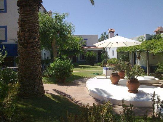 Residencial Casa do Alto: Garden