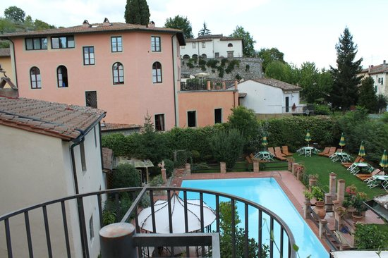 Albergo del Chianti: View of Pool