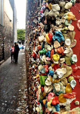 San Luis Obispo, CA: Young lovers leave their mark with heart-shaped gum!