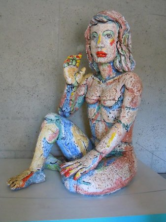 Oakland Museum of California : This lovely creamic lady greets you at the entrance.
