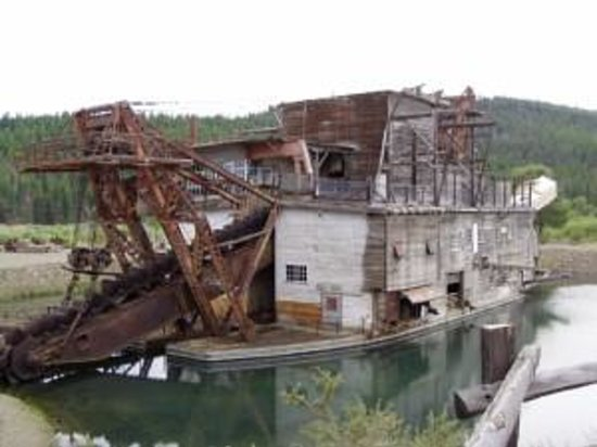 Sumpter Valley Dredge: Sumpter dredge2