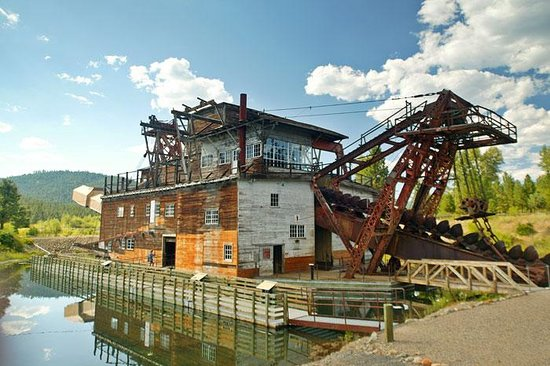 Sumpter Valley Dredge: Sumpter gold dredge again