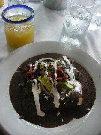 Casa Sirena Hotel: Incredible breakfasts!!