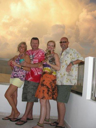 Casa Sirena Hotel: Incredible sunsets!!