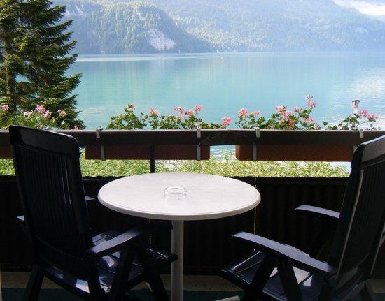 Seehotel Baren Brienz: Balkony with view  to Lake Brienz