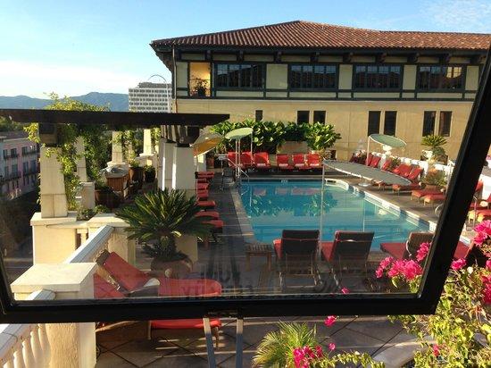 Hotel Valencia - Santana Row: Pool view from room