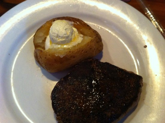 Outback Steakhouse: Another outback steak, looks sad doesn't it?