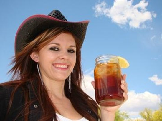 """Chilleen's on 17: """"17 Sweet Tea""""  Yummy non alcohol tea with a twist."""