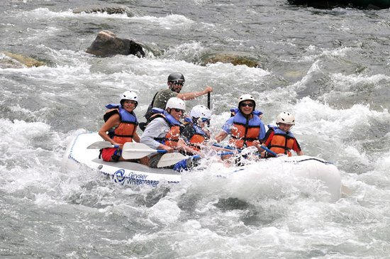 Geyser Whitewater Expeditions: Our Gallatin Rafting Trip on August 2013