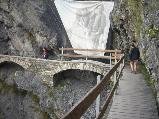 Torrent-Neuf: Pontes de pedra