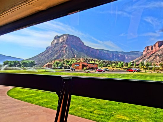 Gateway Canyons Resort, A Noble House Resort: about to take off in the helicopter