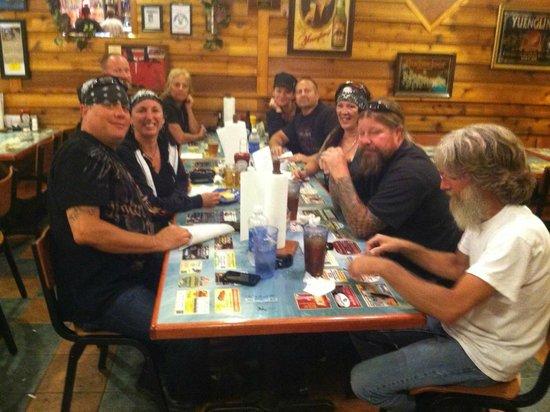 Denny's Beer Barrel Pub: Great time!