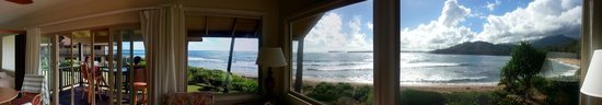Hanalei Colony Resort : View from the livingroom