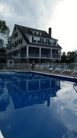 Franconia Inn : the pool was well situated and cared for