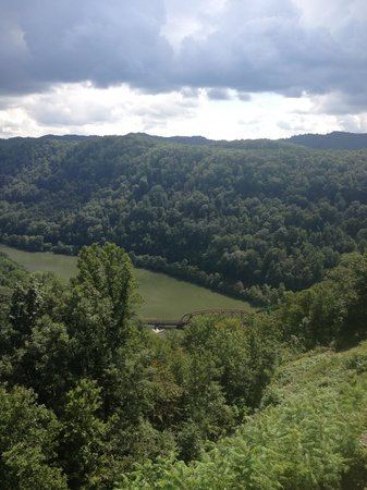 Hawks Nest State Park Lodge: Gorgeous view