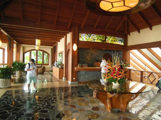 The Springs Resort and Spa: Open air lobby