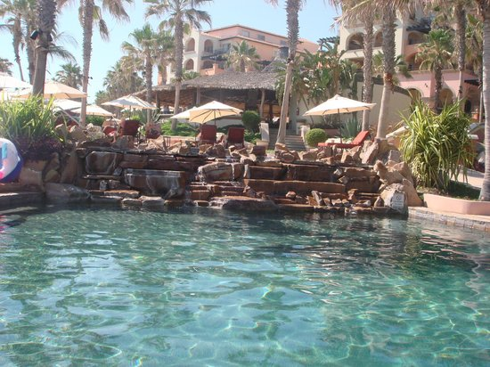 Hacienda del Mar Los Cabos: one of the pools - there are 3!