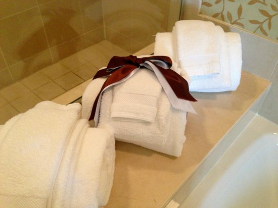 Omni Orlando Resort at Championsgate: Nice touches with the towels