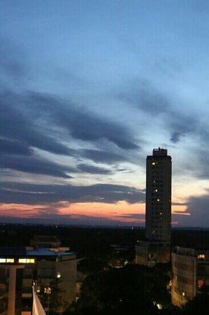 Club Family Hotel Milano Marittima : tramonto su milano marittima dal settimo piano