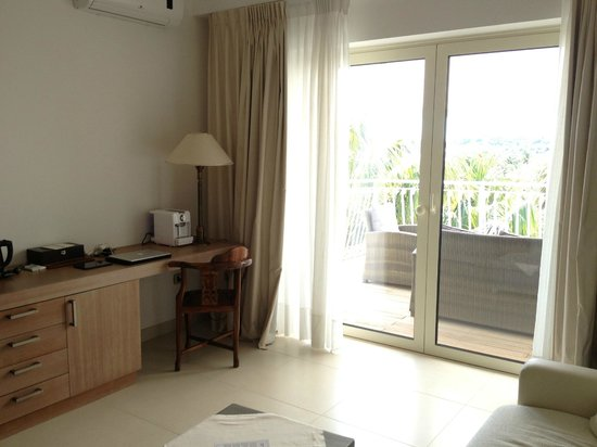 Hotel Simius Playa: Suite 22: il soggiorno