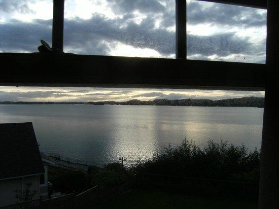 Pillsbury Guest House : Harbor view
