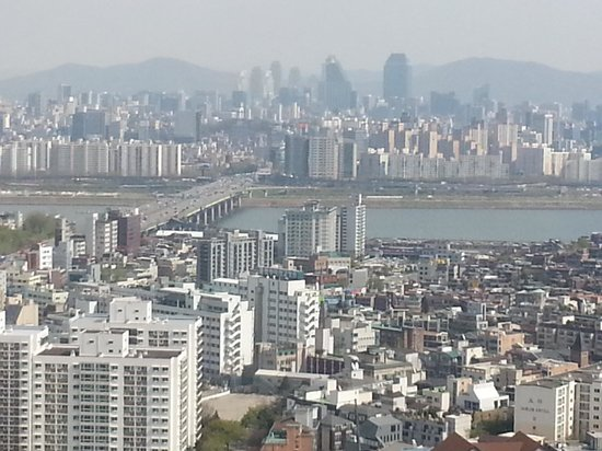 Grand Hyatt Seoul: View from the room over the Han river