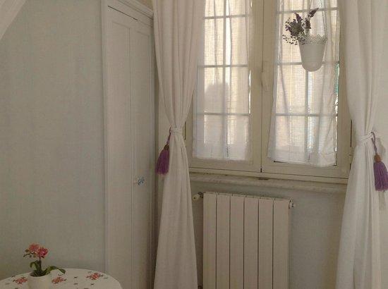 Camera matrimoniale con letto alla francese bagno privato esterno picture of b b barocchetto - Bagno alla francese ...