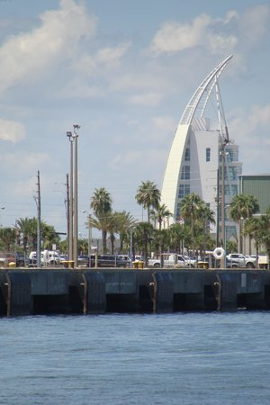 Canaveral Ocean Racer: Looking back to port