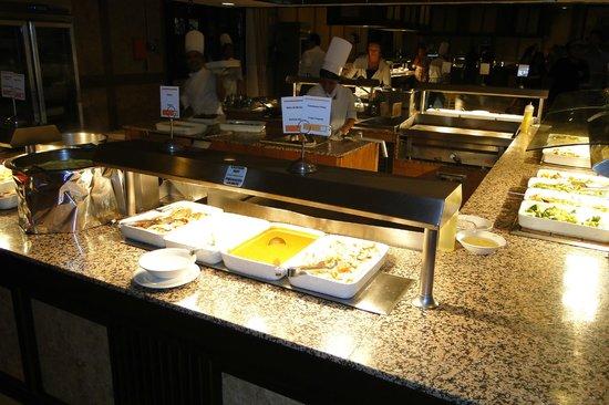 Hotel Riu Santa Fe: Buena oferta de comida