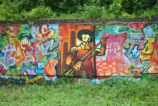 Rivers of Steel National Heritage Area: Graffiti Artists' project with the Rivers of Steel symbol