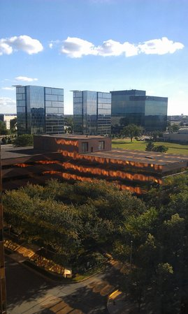 Crowne Plaza MSP Airport - Mall of America: View from my room!