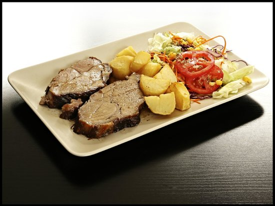 Cafe Bar Don Pepe: Roast pork