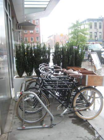 NU Hotel : bicycles for guests