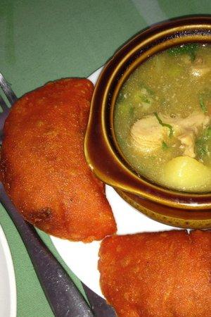 La Fogata: empanadas and tripe soup