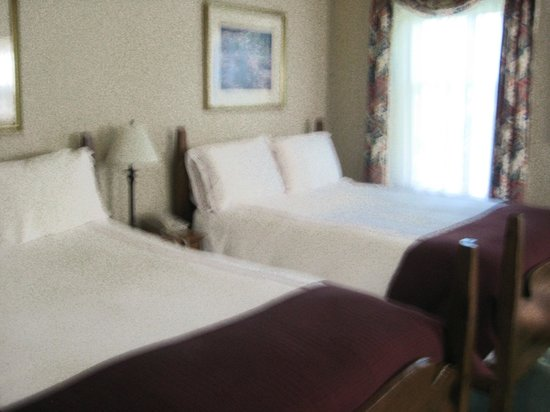 Eagle Mountain House & Golf Club: Our room
