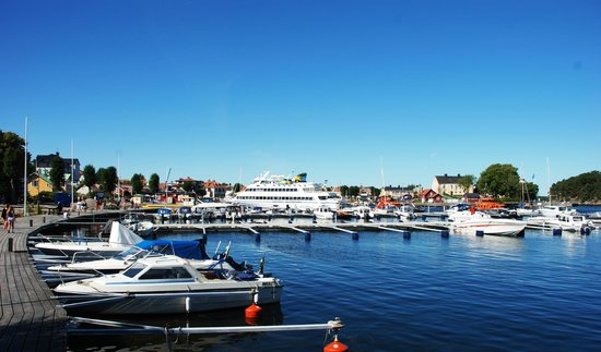 The Sandhamn Yacht Hotel: Sandhamn harbour